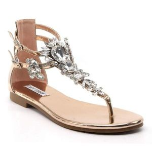 💎 Rose Gold Patent Leather Jeweled Sandals